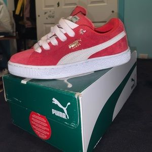 Red& White suede pumas size 3